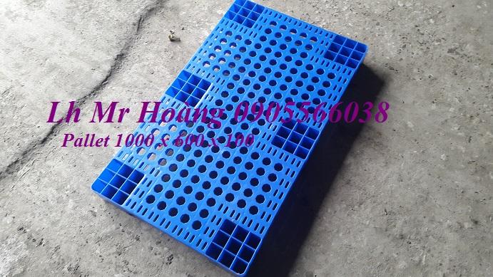 Bán Pallet nhựa kê hàng, Pallet kê kho, Pallet nhựa cũ giá cực rẻ Lh 0905566038.