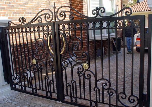 Cửa sắt, hàng rào, ban công