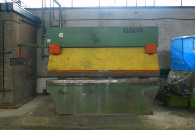 Máy Chấn Haco 3100 x 100 T