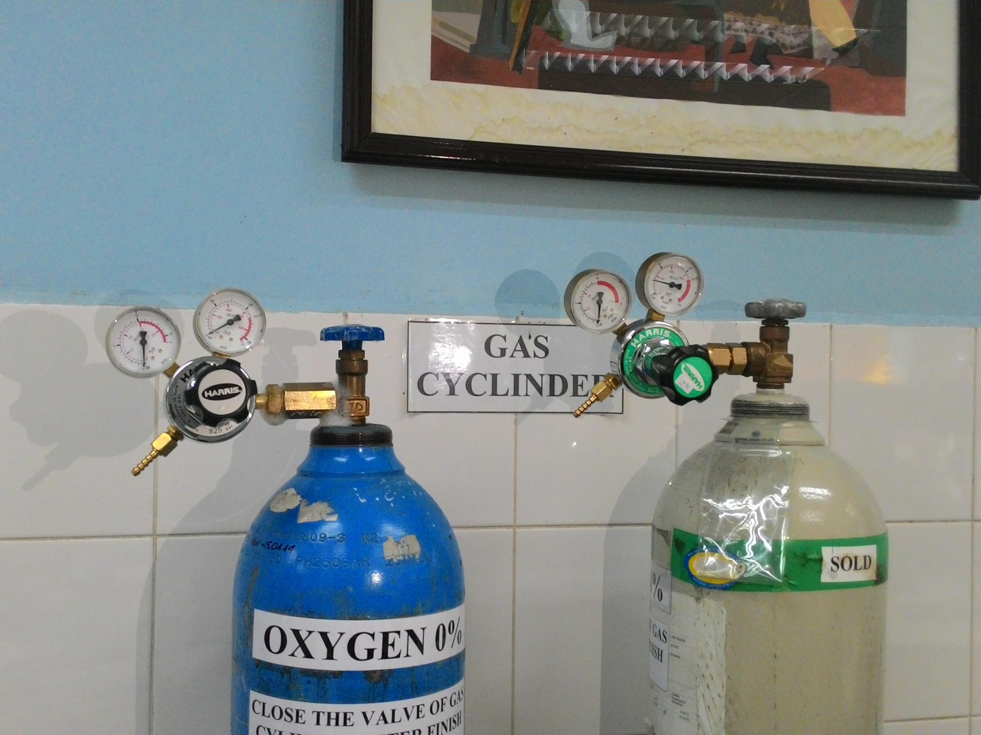 Van giảm áp cho bình oxy