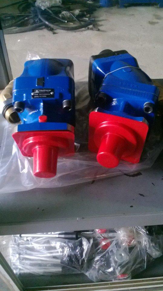 Bơm thủy lực piston Hydrocar (Italy)