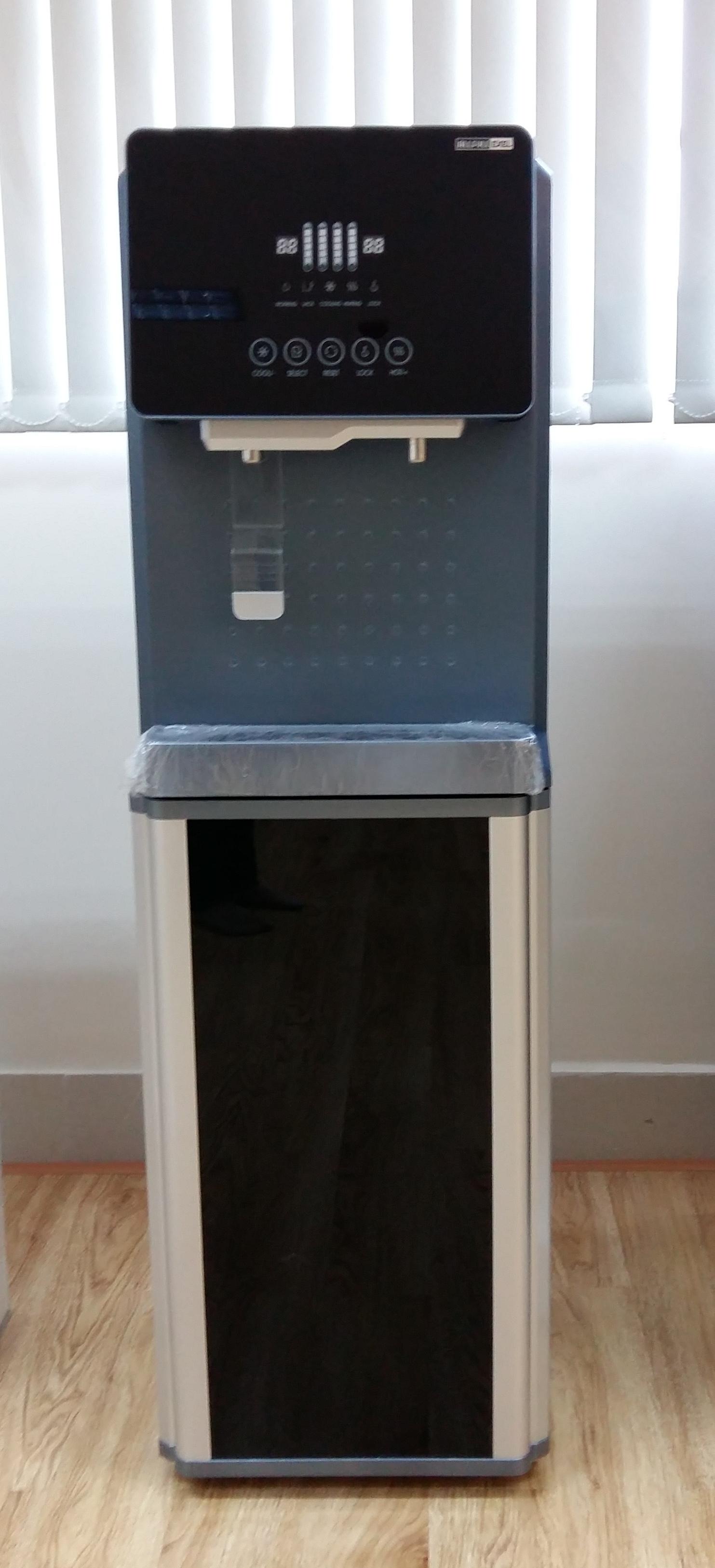 Máy lọc nước nóng lạnh RO dạng tủ lạnh - Model Exel