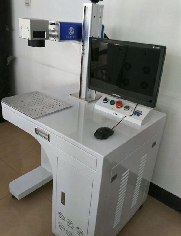Chuyên cung cấp máy Laser fiber cắt khắc kim loại chất lượng giá tốt