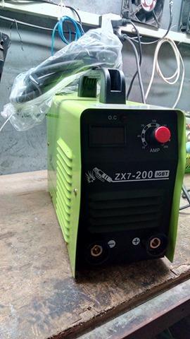 Máy hàn que điện tử ZX7-200 NHV