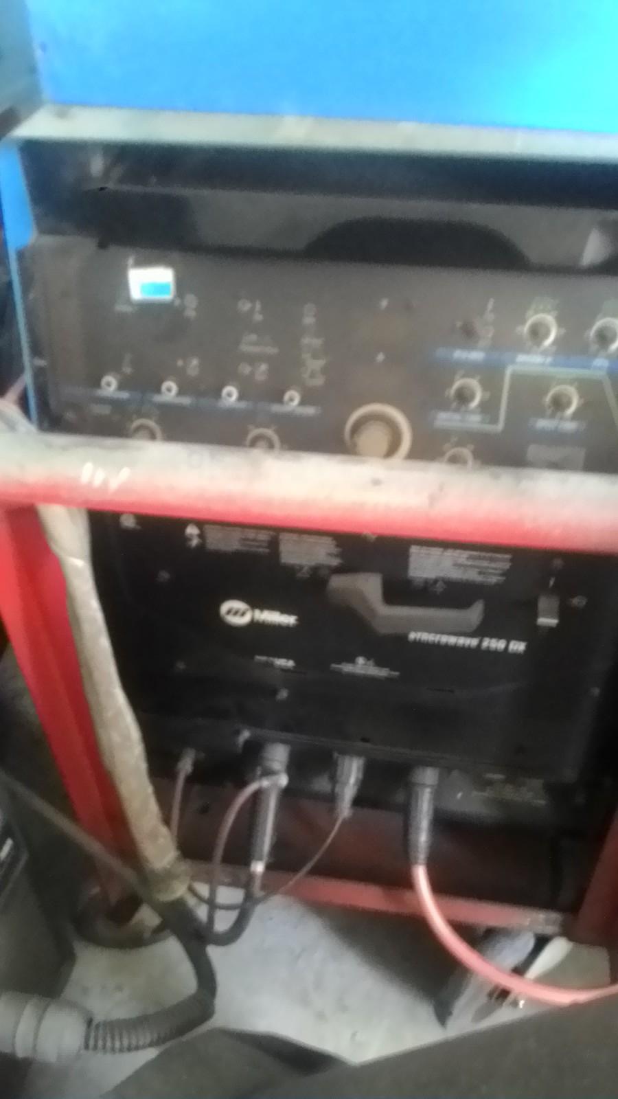 Bán máy phát công nghiệp,máy hàn,máy đo độ dầy ,siêu âm...