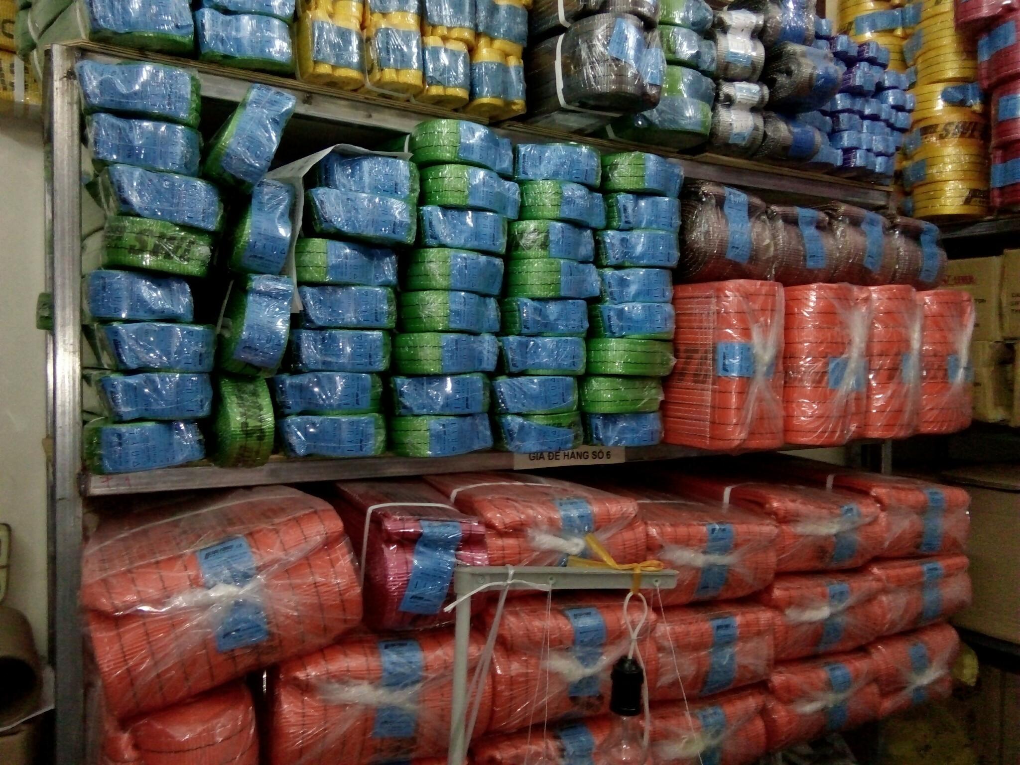 Dây cẩu hàng Hàn Quốc, Trung Quốc. Dây cẩu hàng tiêu chuẩn 6:1- 7:1, Dây cẩu hàng 2 tấn, 3 tấn, 5 tấn, 8 tấn.