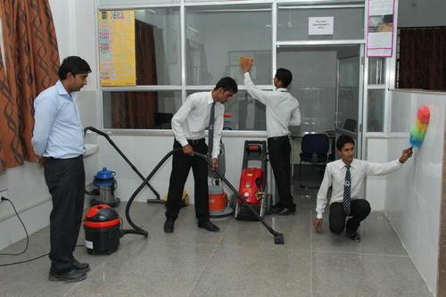 Nhận làm vệ sinh sau xây dựng