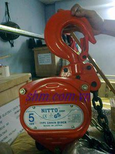Pa lăng xích kéo tay Nitto 5 tấn 5 m