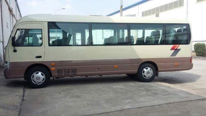 Hyundai County Thân dài Đồng Vàng