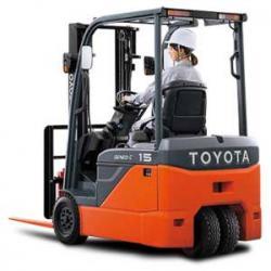 Xe nâng điện ngồi lái TOYOTA 2 tấn