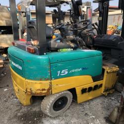Xe nâng dùng điện hiệu Komatsu 1.5 tấn