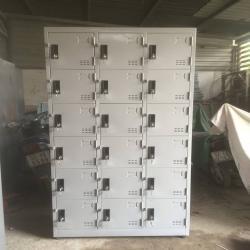 Tủ locker 18 ngăn 3 khoang TCN18C3K tủ sắt văn phòng